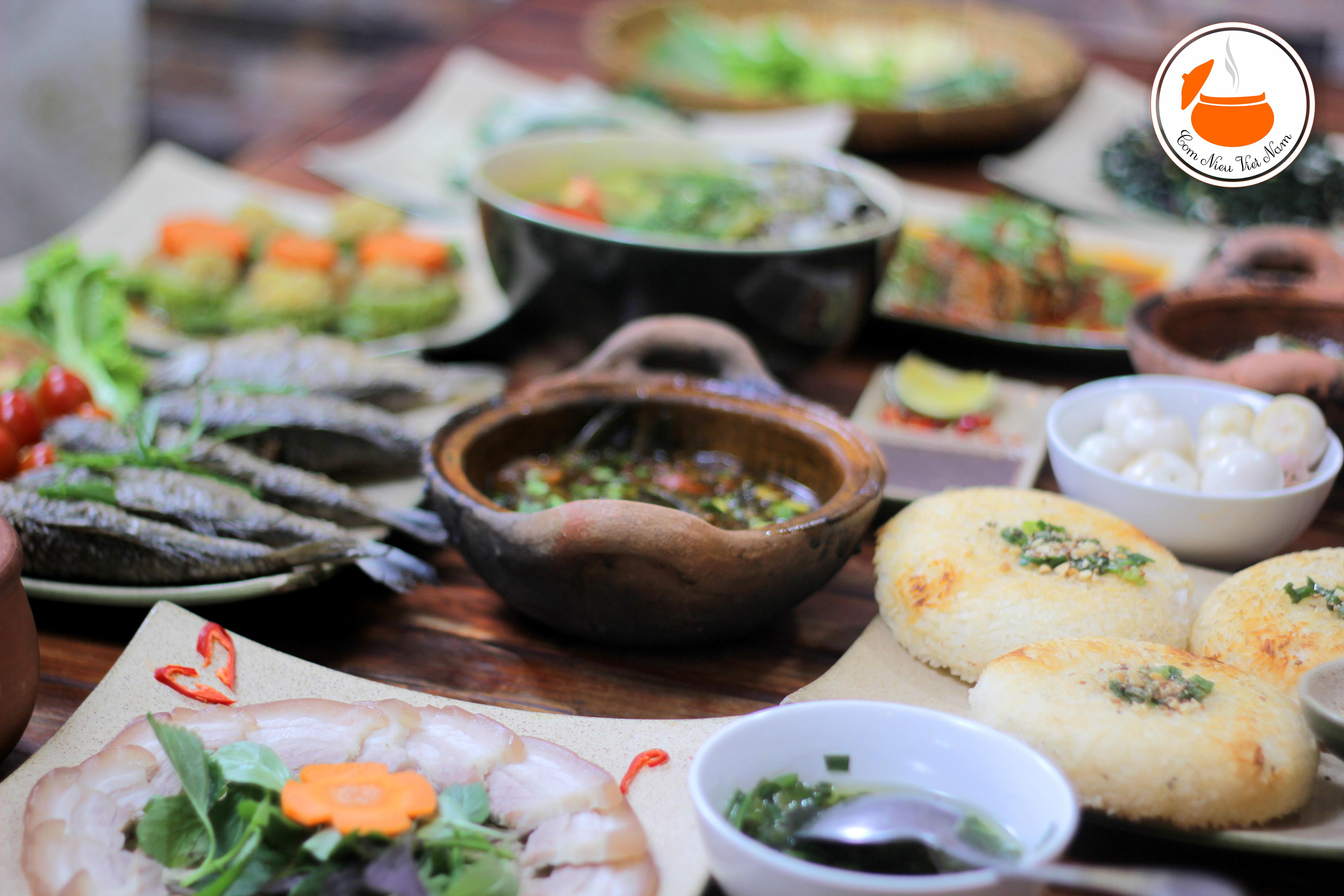 Nhà hàng, quán ăn gia đình gần sân bay Tân Sơn Nhất